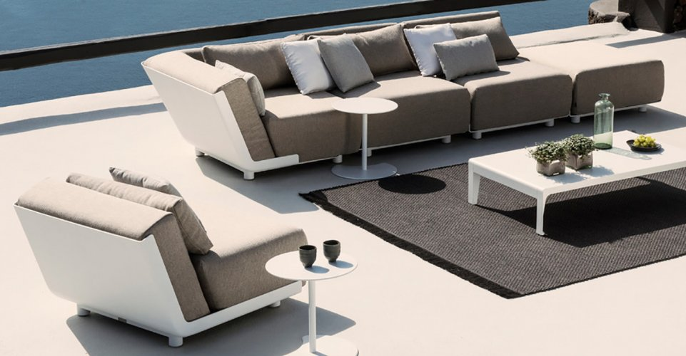 MIRTHE SOFA