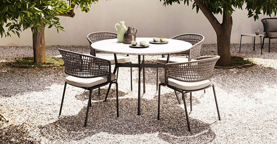 BRANCH OUTDOOR TABLE ROUND