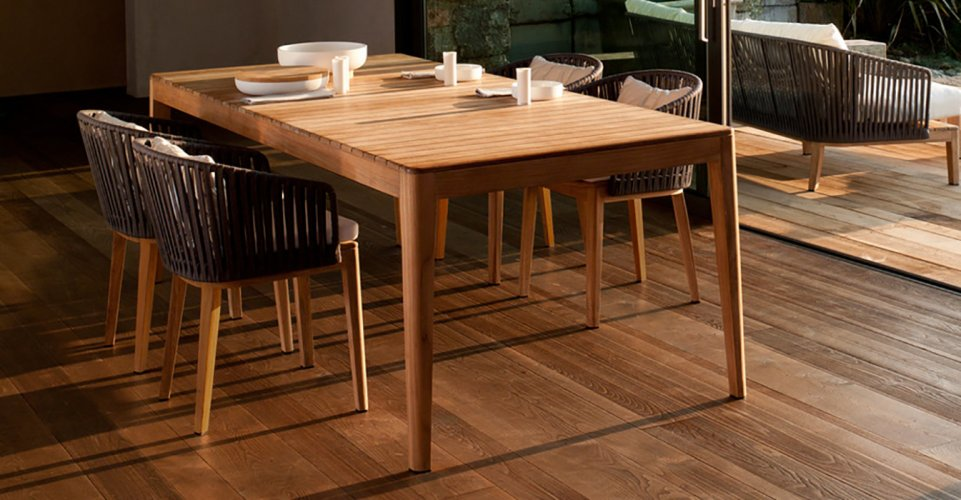 MOOD OUTDOOR TABLE