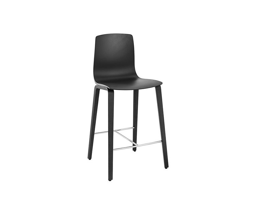 Aava – Counter stool 4 wood legs