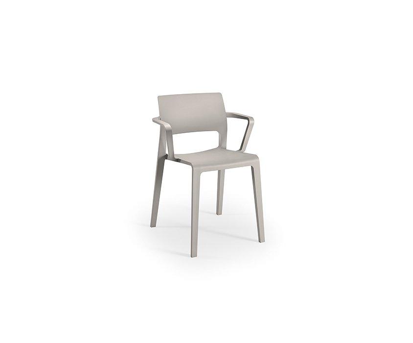 Juno – Open backrest with armrests